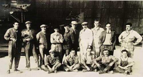 Ouvriers tôliers à Montaudran en 1922
